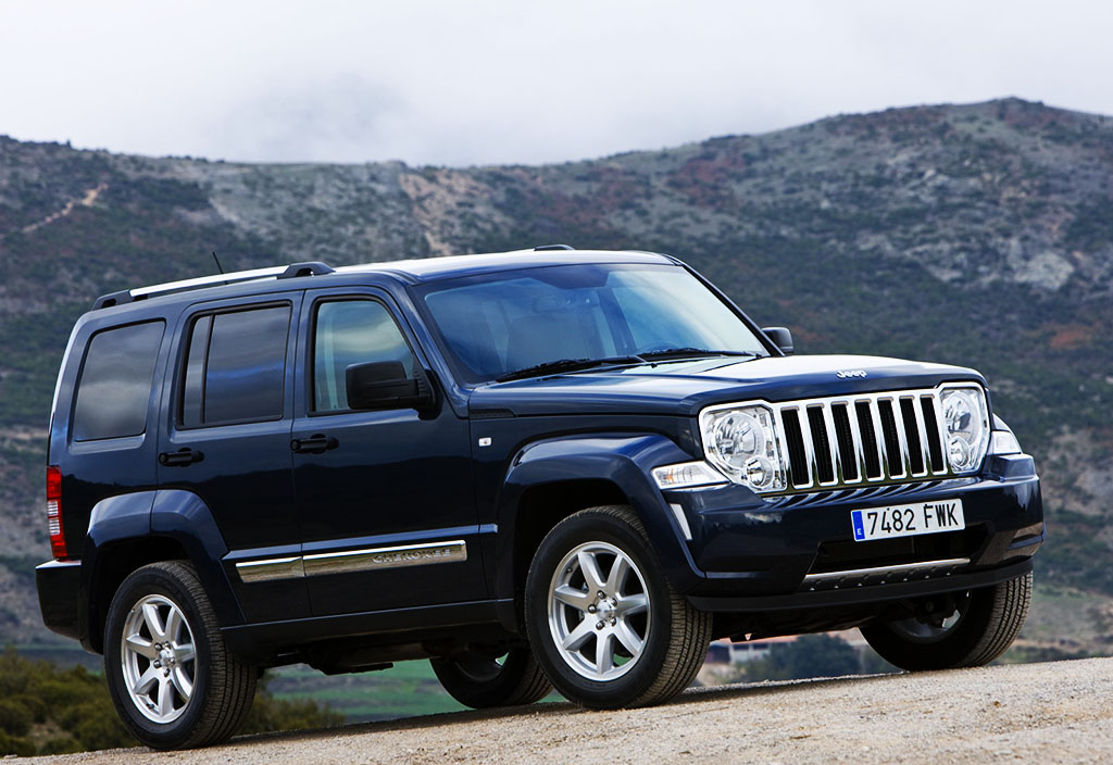 2010 jeep grand cherokee review car and driver
