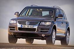 Volkswagen Touareg: rent now